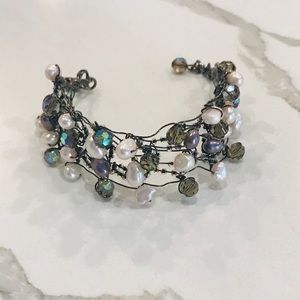 Freshwater pearl and sparkle bracelet